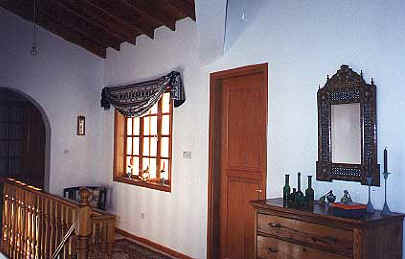 Akrounda village old house for sale near Limassol in cyprus upstairs landing.JPG (22798 bytes)