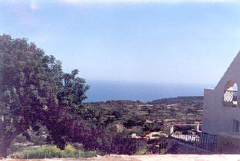 front view from pissouri villa in cyprus.jpg (31155 bytes)