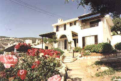 kamares_villa_for_sale_in_paphos_cyprus_k2.JPG (20855 bytes)